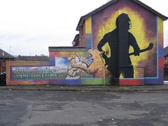 Mol an Óige - a hurling mural in Belfast Belfast Murals, Sports Art, Plays, Celtic, Ireland, Irish, The Past, Football, Holidays