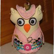 Miss Lady Owl Pincushion - via @Craftsy