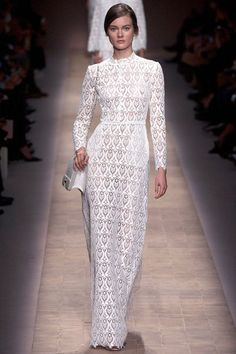 "lovely lace from Valentino Spring 2013  #Fashion ✮✮""Feel free to share on Pinterest"" ♥ღ www.catsandme.com"