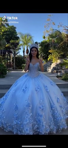 Light Blue Quinceanera Dresses, Mexican Quinceanera Dresses, Sweet 15 Dresses, Pretty Prom Dresses, Wedding Dresses, Quince Dresses, Ball Dresses, Princess Ball Gowns, Quince Ideas