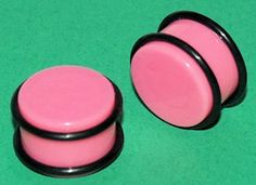 Pair+of+Pink+Saddle+Ear+Plugs+With+O-Rings+11/16-17mm