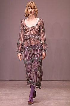 Miu Miu Fall 2001 Ready-to-Wear Fashion Show Collection