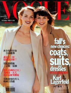 Amber Valletta & Linda Evangelista - #Vogue 1997