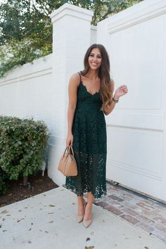 34 Beautiful Spring Wedding Guest Dress Ideas Satin Bateau Neckline A-line Mother Of The Bride Dresses With Lace Appliques Green Lace Dresses, Women's Dresses, Dress Outfits, Summer Dresses, Midi Dress Outfit, Rock Outfits, Couple Outfits, Edgy Outfits, Party Outfits