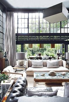 A mix of old and new in this romantic home in Johannesburg, South Africa – as seen in House and Leisure African Interior Design, Modern Interior Design, Interior Design Inspiration, Interior And Exterior, South African Homes, Dark Interiors, Romantic Homes, Küchen Design, Family Room