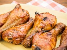 Smoked Crispy Chicken Drums with Maple Butter Hot Sauce Jeff Mauro- Food Network Smoked Chicken, Crispy Chicken, Keto Chicken, Bbq Chicken, Grilled Chicken, Grilling Recipes, Cooking Recipes, Smoker Recipes, Cooking Food