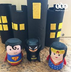 superhero cork characters by Lottie Makes Wine Cork Candle, Wine Corks, Jute, Summer Holiday Activities, Hero Crafts, Art And Craft Videos, Pipe Cleaner Crafts, Small World Play, Arts And Crafts House