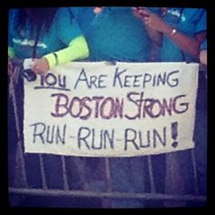 The 42 Best Signs From The Boston Marathon Marathon Signs, Boston Strong, Boston Marathon, Motivation, Instagram Posts, Sports, Massachusetts, Rally, Hs Sports