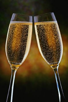 Champagne Glasses Android Wallpaper HD