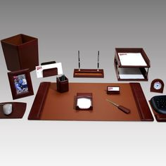 Geno Executive 16-Piece Leather Desk Set