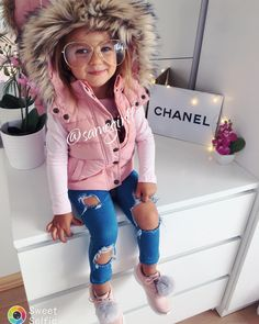 """1,879 Likes, 14 Comments - (@kidsbabylove) on Instagram: """"By: @samegirll . #Little #Girl #Fashion #Model #Beautiful #Perfect follow @kidsbabylove and…"""""""