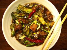 Chicken and Broccoli in Brown Sauce