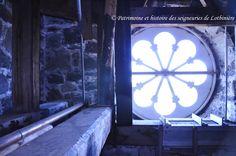 Fenêtre de type oeil de boeuf dans les combles de l'Église de Saint-Flavien, construite par l'architecte David Ouellet. Cette photo a été prise par Alain Filiatrault dans le cadre de l'inventaire des églises de la MRC de Lotbinière réalisé par Patrimoine et histoire des seigneuries de Lotbinière. http://www.sphslotbiniere.org/