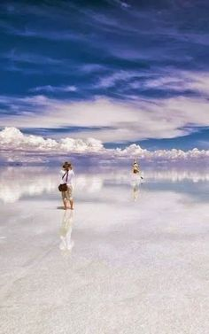 15 Unbelievable Places we resist really exist - Salar de Uyuni - World's Largest Mirrors, Bolivia