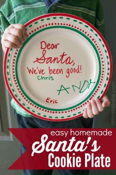 Easy homemade Santa cookie plate on a budget! Here's a tutorial on how you and your kids can make this #Christmas craft together using a blank plate and Elmer's Painters. #santa #cookieplate