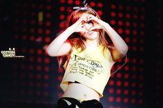Taeyeon ♥ Seohyun, Snsd, Girls Generation, Yuri, Sunnies, T Shirts For Women, Crop Tops, Boys, Cotton