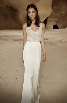 ariel_wedding_dress_scalloped_neckline_lace_bodic_low_v_back_tel_aviv_limor_rosen.jpg (525×800)