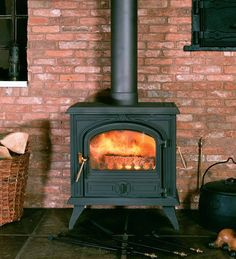 Camargue multi fuel stove from Franco Belge