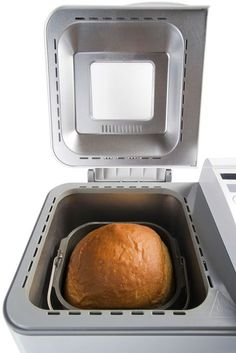 10 fun and easy recipes for your bread machine.