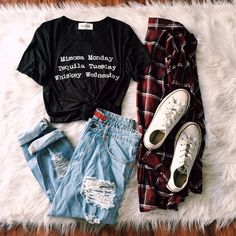 This tumblr outfit from @bettyslook is a classic! Check her out!