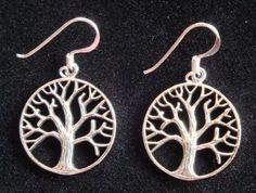 Zilveren oorbellen levensboom