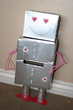 Mommy Lessons 101: Creative Valentine Box Idea #3 - Robot