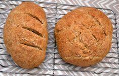 Bread Art, Vegan Recipes, Cooking Recipes, Cookies, Food, Breads, Crack Crackers, Bread Rolls, Vegane Rezepte