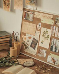 Room Ideas Bedroom, Bedroom Decor, Study Room Decor, Vasos Vintage, Vintage Room, Bedroom Vintage, Aesthetic Room Decor, Cozy Room, Dream Rooms