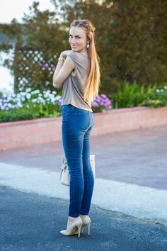 Capped sleeves, skinny jeans & braids. #HelloGorgeous