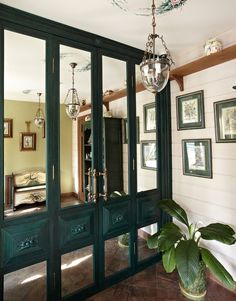 New Closet Door Ideas Mirror Walks Ideas French Doors Bedroom, Bedroom Doors, Wardrobe Doors, Closet Doors, Flush Door Design, Dorm Room Doors, Neoclassical Interior, Entry Doors With Glass, Flush Doors