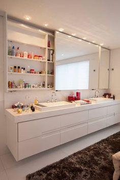 obra residêncial scs: Banheiros modernos por Sandra Sanches Arq e Design de Interiores