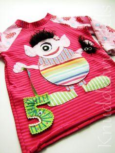 Geburtstagsshirt, Raglanshirt, Monster Monster, Bunt, Pot Holders, Shirts, Diy Crafts, Gifts For Birthday, Sewing For Kids, Appliques, Hot Pads