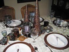Non-Traditional Christmas Tablescape