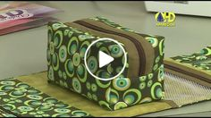 Maria Izilda Fernandes shared a video Sewing Tutorials, Sewing Crafts, Sewing Projects, Sewing Patterns, Diy Crafts, Zip Pouch Tutorial, Classic Handbags, Patch Quilt, Fabric Bags