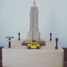 Amo 💕 #musicbox #wood #jackandjill #song #ny #newyork #gift #picoftheday #photooftheday #instacool #instagood