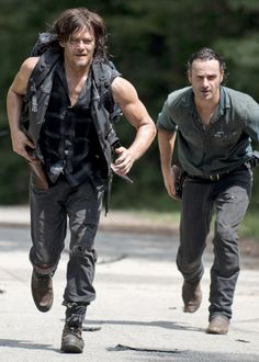 Daryl Dixon and Rick Grimes 6x10 'The Next World'