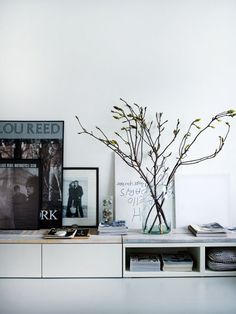 I had to keep things quiet for a real long time, but last year Holly Becker of Decor8 and author of her first book and bestseller Decorate and Debbie Treloar visited my home.Holly asked me if she couldphotographmy home for her secondbook. Decorate...