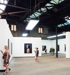 Les Rencontres d'Arles Rencontres d'Arles: expositions, stages photo / exhibitions, photo workshops.