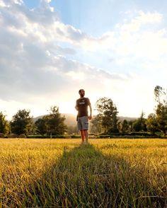 Shadows in the sun (Daniel Rocksavage 2009)  Gran cap de setmana amb el dissabte ple d'aventures amb @DiscoverPyrenees  i el diumenge amb #DescobreixLaMolina  #esFujifilmX @fujifilmxworld_es #xt10