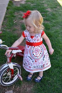 Babblings and More: DIY- Bandana Dress. This is really cute and there is a turtorial on this blog. I  love it!