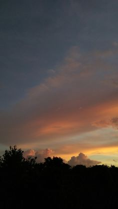 Ed Wallpaper, Sunset Wallpaper, Nature Wallpaper, Blue Aesthetic Pastel, Sky Aesthetic, Pretty Sky, Beautiful Sunset, Tumblr Photography, Sunset Photography