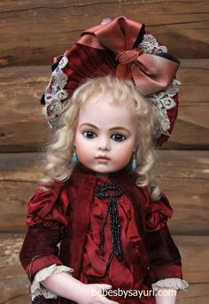 Gorgeous Sayuri Bru Jones replica...she is sooooo talented