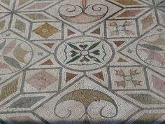 Mosaicos geométricos en Itálica(Sevilla). | Matemolivares