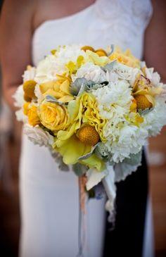Modern, yellow, white and gray -   Flowers by Heidi  Four Seasons Resort Hualalai Weddings