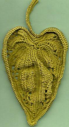 sculptural leaf