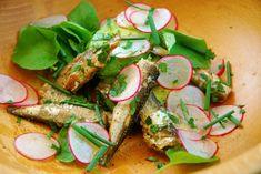 Salata cu sardine, avocado si ridichii - Foodstory.stirileprotv.ro