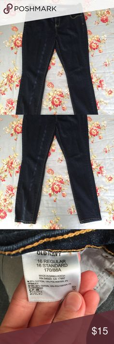 Old Navy The Flirt skinny jeans Size 16 regular. Dark rinse. Old Navy Jeans Skinny