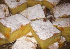 Sárgabarackos kevert-kavart recept foto Cornbread, Food And Drink, Cheese, Cake, Ethnic Recipes, Pastries, Hungarian Recipes, Millet Bread, Kuchen