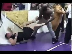 KIMBO SLICE  LOST. BRUTAL STREET FIGHT