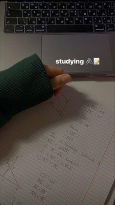 Vie Motivation, Study Motivation, Motivation Inspiration, Creative Instagram Stories, Instagram Story Ideas, Study Organization, School Study Tips, Study Space, Study Hard